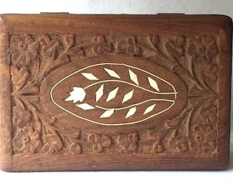 Hand Carved Wooden Trinket Box with Leaf Design