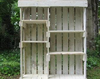 Bookshelf - Homemade - Pallet Wood.