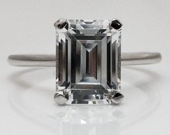 4.00 Ct Emerald Cut Solitaire Engagement Ring. Solid 14K White Gold +FREE GIFT