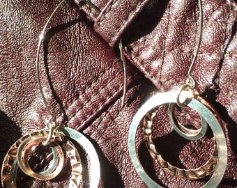 Concentric Circles-pull thru dangle earring