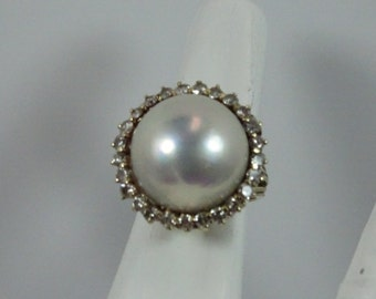 Estate 14k Gold Diamond and Mabe Pearl Ring Size 7.75