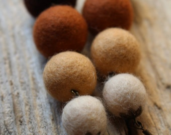 Beige Felted Earrings, Handmade Jewelry, Felt Earrings, Eco Felt Earrings, Eco Jewelry