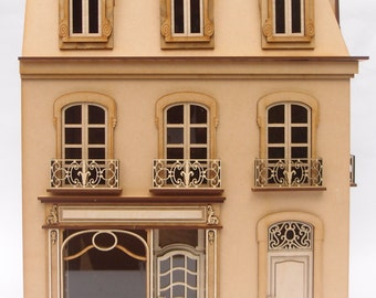 1:24 scale miniature dollhouse kit 'Chantilly Store' for collectors
