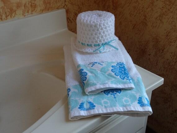 Blue and white bathroom towel set towel set custom towels for Blue and white bathroom set