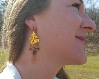 Gold Toned Earrings with Shell and Goldstone; product id: gtewsag