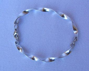 Ribbon Bracelet in brushed aluminium