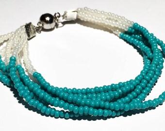 Bracelet turquoise beads