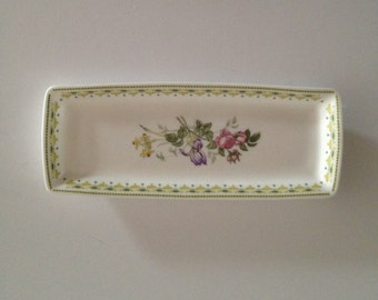 Royal Doulton Camilla H5185 Small Rectangular Bone China Tray