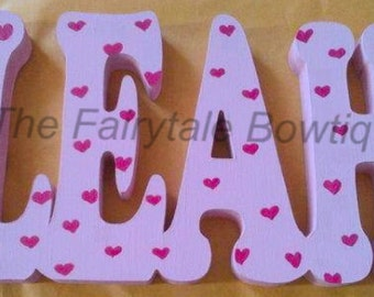 Personalised freestanding names