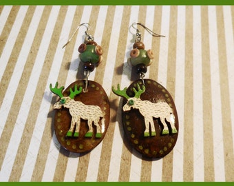 "Earrings wooden ""here come the reindeer"""