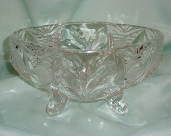 Genuine Crystal 4-Toed Candy Dish