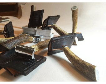 Groomsmen Gift Sets from 4 to 12: Custom Stag Handle Double Edge Safety Razor & Travel Sheath (Handcrafted in the USA)