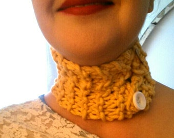 Handknit Cotton Choker