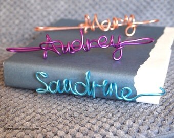 Personalized name bookmark, name bookmark, custom bookmarks, girls gift, birthday gift, book lover, party favors kids, friendship gift
