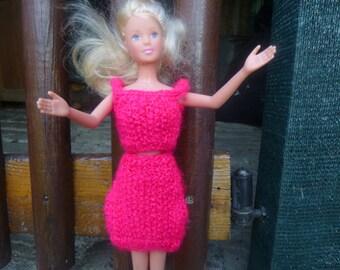set fuchsia for fashion doll