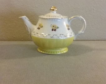 From England: Vintage 1940's  Ellgreave Teapot #1187, Green Lusterware Bottom, Gold Trim, Beautiful Colors