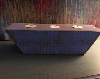 Distressed wood tea light candle holder in blue.