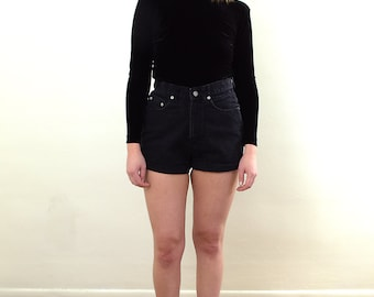 Vintage Denim Shorts/ Black Denim Shorts/ Highwaisted Shorts/ Vintage Highwaisted Shorts/ Vintage Black Denim Shorts