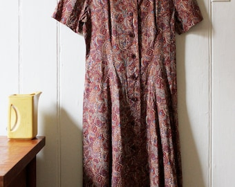 Vintage 1970's flattering paisley brown Japanese dress - Medium