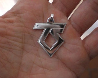 Twisted Sister silver pendant