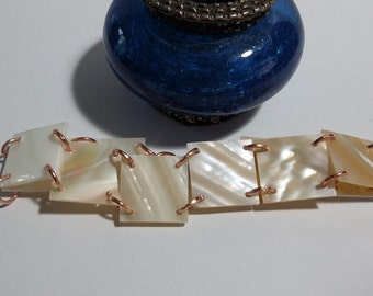 Mother of Pearl Flat Shell Bead Copper Tone Bracelet Jewelry