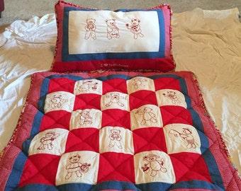 Teddy Bear Quilt and Matching Pillow