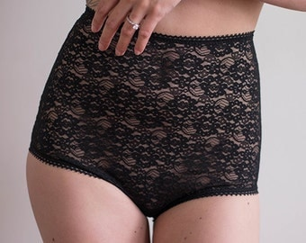 Lace High Waisted Knickers in Black