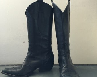 Black Vintage Cowboy Boots Size 4 Italian Made 37