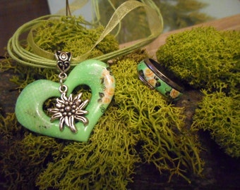 Dirndl jewelry