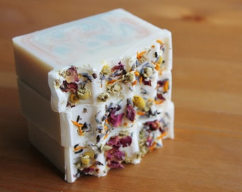 Bouquet // Floral Scented Soap, Cold Process Soap, Natural Soap, Handmade Soap, Silk Soap, Body Soap