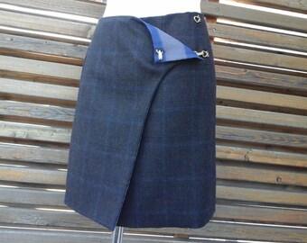 Reversible silk and wool skirt