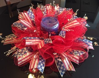 Patriotic 4th of July Deco Mesh Centerpeice (Red/Gold)