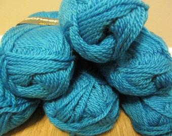 Bastion by Scheepjes - soft yarn in turquoise blue