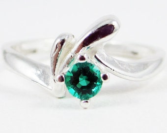 Emerald Birthstone Ring Sterling Silver, May Birthstone Ring, 925 Sterling Silver Ring, Emerald Solitaire Ring
