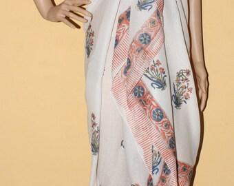 Pario in Light Classic hand block printed cotton sarong/Beachwrap
