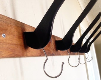 Wall coat and hat rack