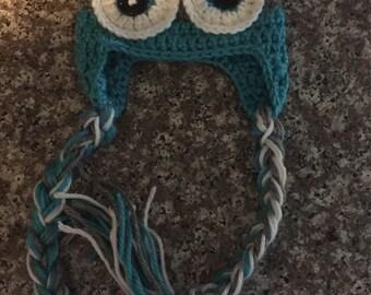 Newborn owl hat
