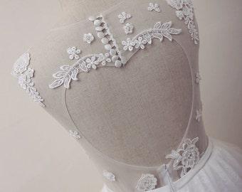 Heart Shaped Open-Back Lace Short Wedding Dress