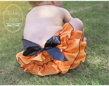 Baby Girl Fall Bloomers, Halloween Thanksgiving Bloomers, Fall Photo shoot prop, Baby's 1st Halloween, Diaper Cover Orange Black, Photo Prop