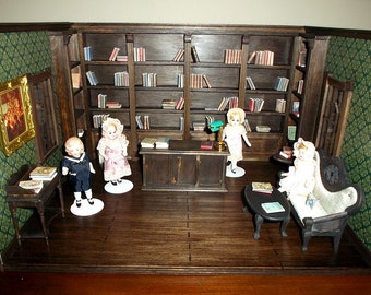 Victorian or antique style shop, in wood, artist handmade, 1:12