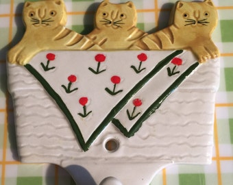 Takahashi Ceramic Wall Hanger, Takahashi Cat Wall Hook, Three Cats Ceramic Key Holder- Made in Japan