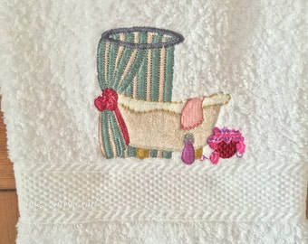 Embroidered Hand Towel. Guest Towel. Bathroom decor. Hand Towel. Spa Towel. Bathroom Pamper Towel.