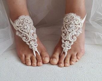 barefoot sandal,Beaded ivory lace, wedding sandals, handmade, custom beach anklet, free shipping!