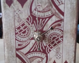 Queen of Hearts trinket box Clock
