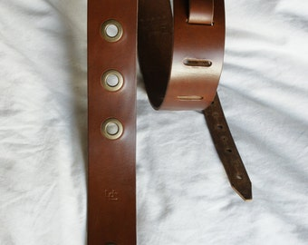 """Handmade leather guitar strap made in France Urban Cam """" The 501 cappuccino"""""""