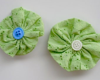 Green and White Fabric Flower Hair Clip.  Hair Clip.  Hair Accessory.  St. Patricks Day.
