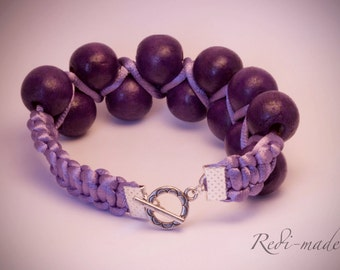 Bracelet - satin cord macrame with purple wooden beads (#259465)