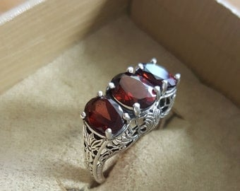Vintage Replica Natural Garnet .925 Sterling Silver 3 Stone Ring