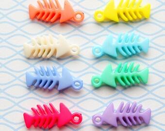 Fishbone charm, pendant, color, vissengraat, bedeltje, hanger, embellishment, diy