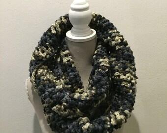 Infinity scarf crochet